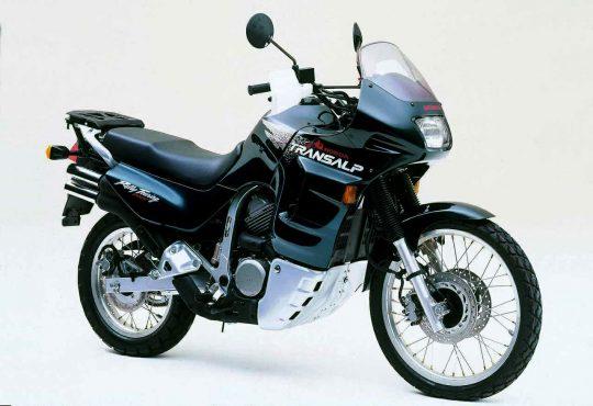 honda-transalp-600-016